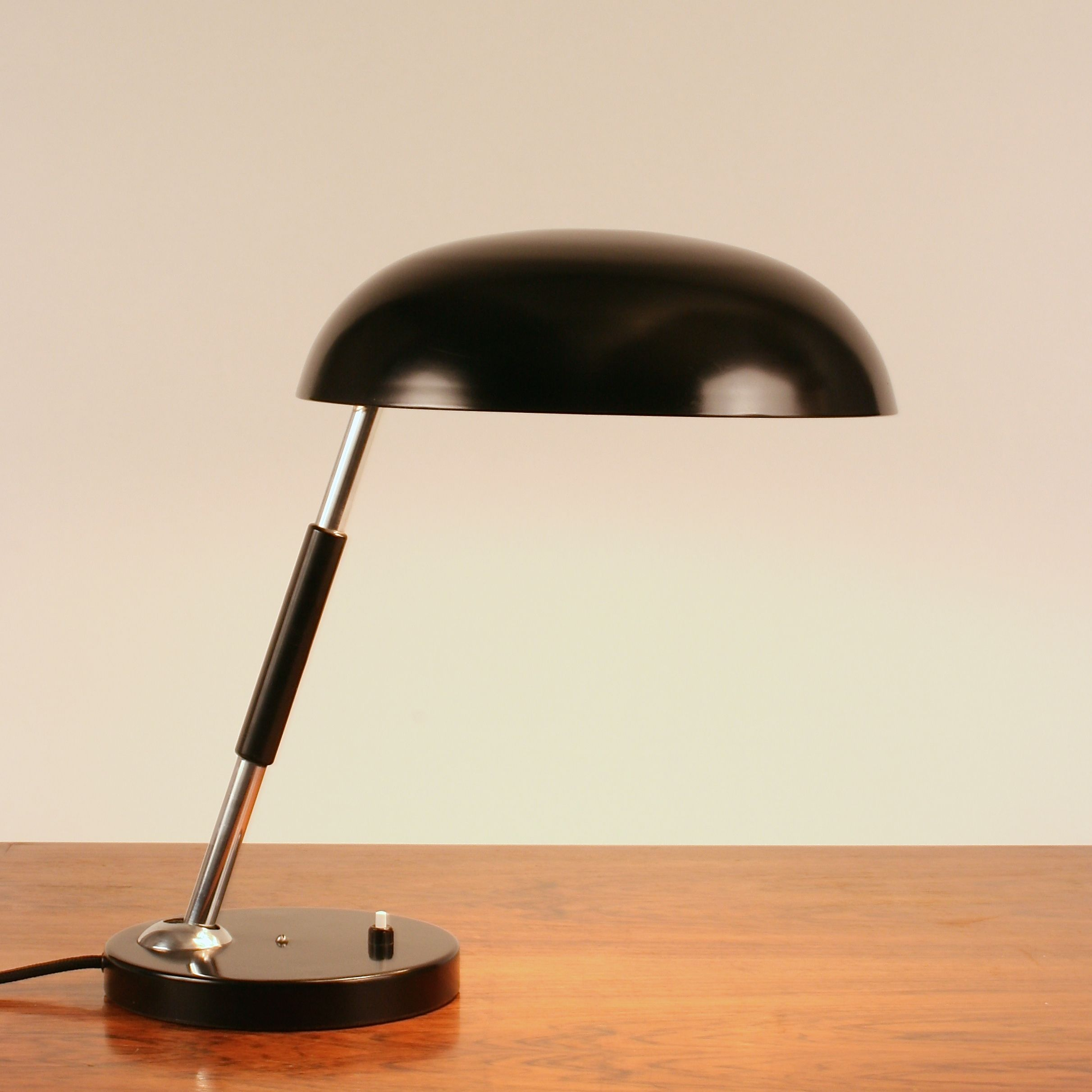 Black Bauhaus Desk Lamp By Bünte Remmler Bur 2696 Germany 1960 S Lámparas