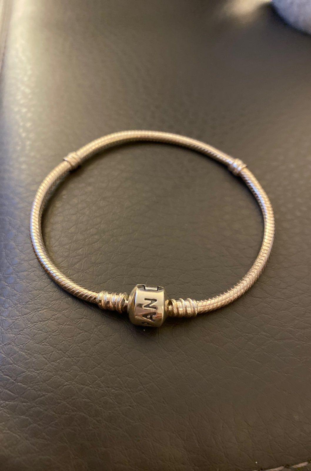 Sterling Silver Pandora Bracelet Size 7 5 Pandora Bracelet Pandora Bracelets Bracelets
