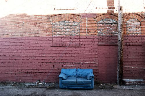 Need To Get Rid Of Furniture Before Your Move You Don T Have To Leave It In The Alley You Can Call One Of These Donation Cha Habitat For Humanity Donations Habitat