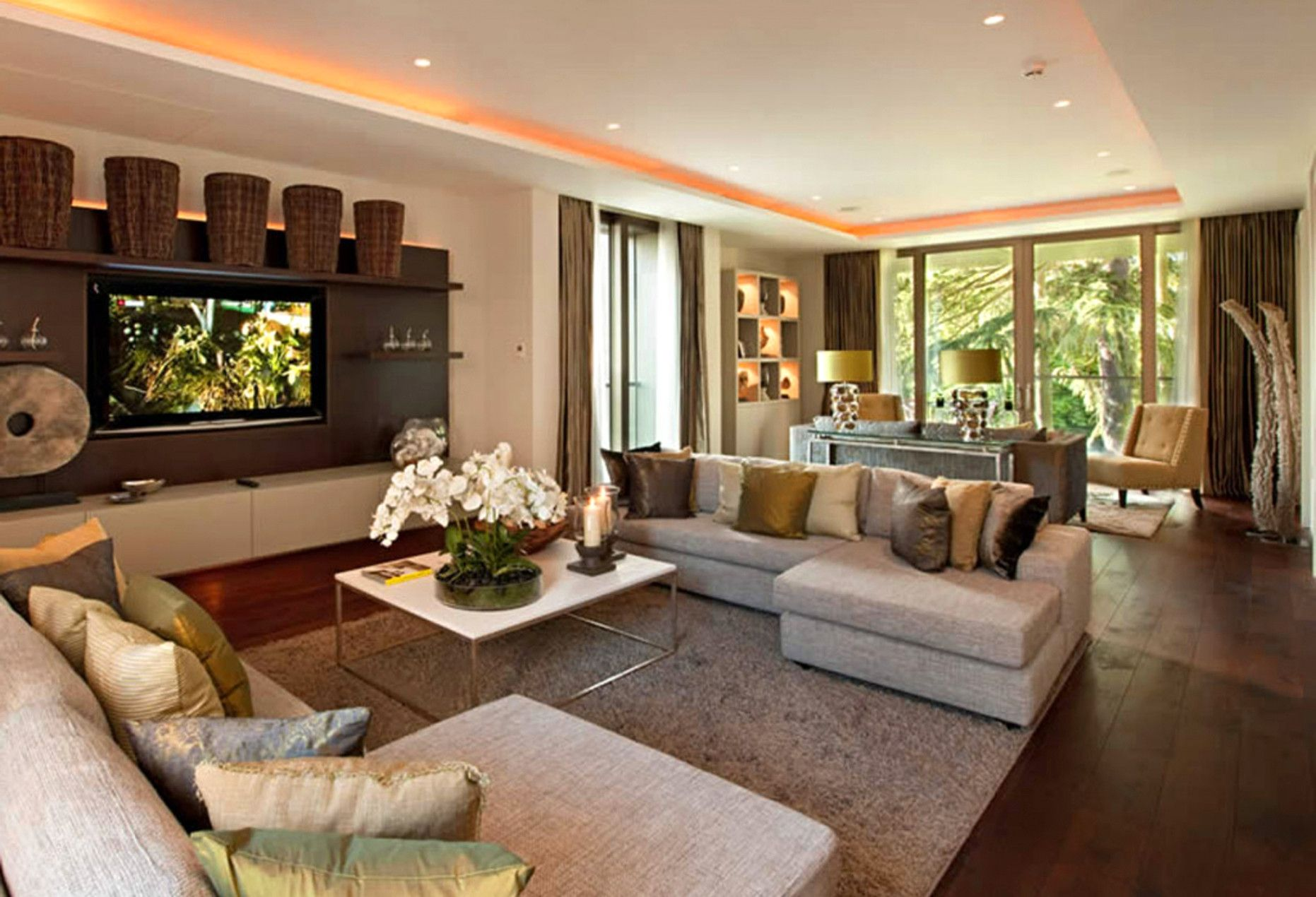 Decorate Your Own Living Room Online