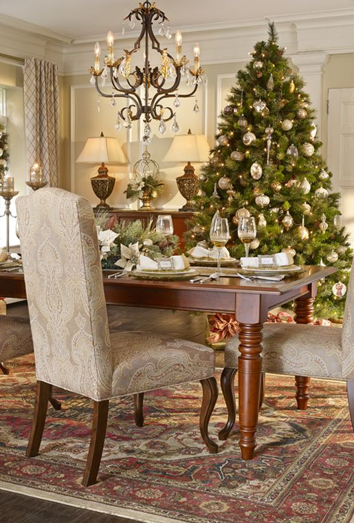 Elegant formal dining room for Christmas celebrations at ...