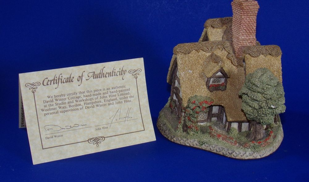 Pilgrims Rest The Country Collection David Winter Cottages 1983 Mouse Figurine Davidwintercottages Vintage Display Pilgrim Figurines