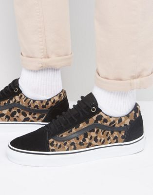 3d4dc4c46e Vans Old Skool Leopard Sneakers In Black VA31Z9LYN