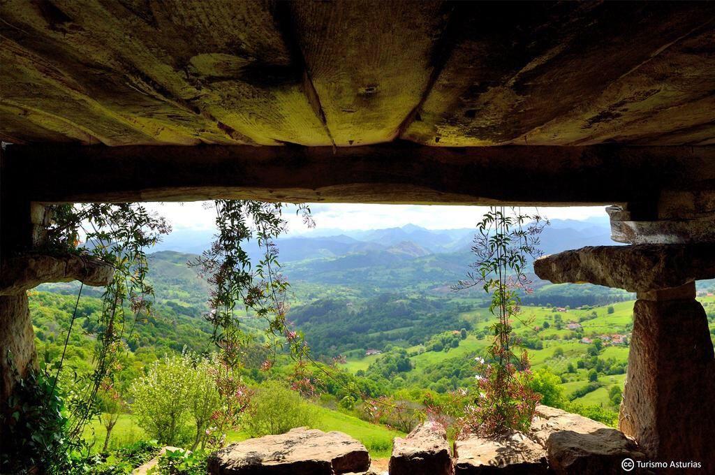 ¡Atención! ¿Te mueres de calor? 11 maneras de tomar el fresco en #Asturias! http://bit.ly/1NY7jQC @TurismoAsturias
