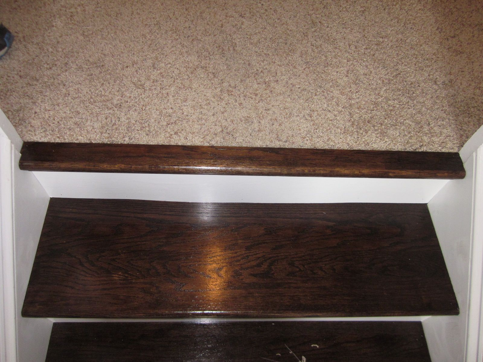 Image Of Carpet Stairs To Wood Transition Flooring For Stairs | Tile To Wood Stair Transition | Builder Grade | Upstairs | Residential | Laminate | Entryway