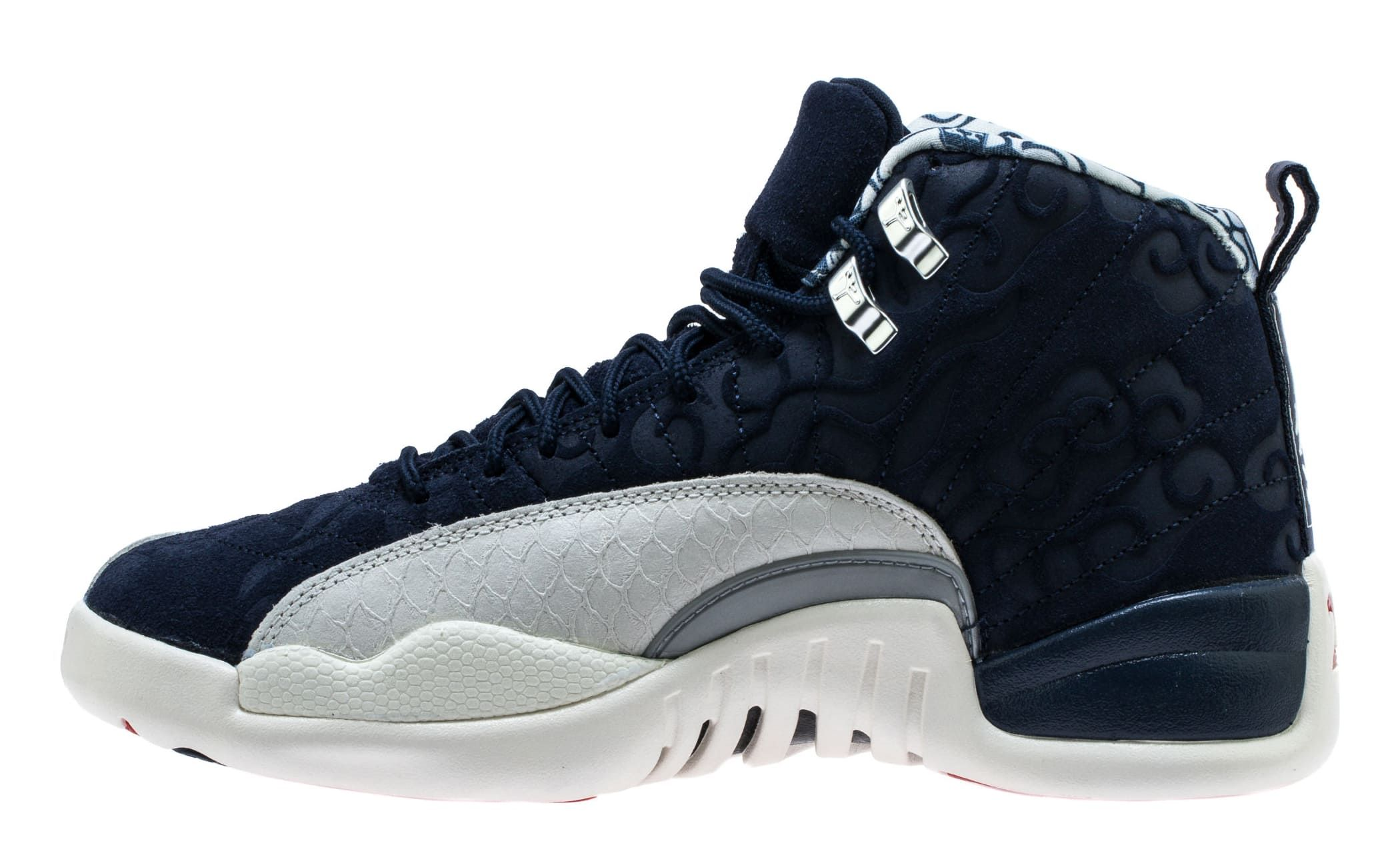 buy online 085f7 6ffd0 Air Jordan 12 XII Japan International Flight Release Date 130690-445
