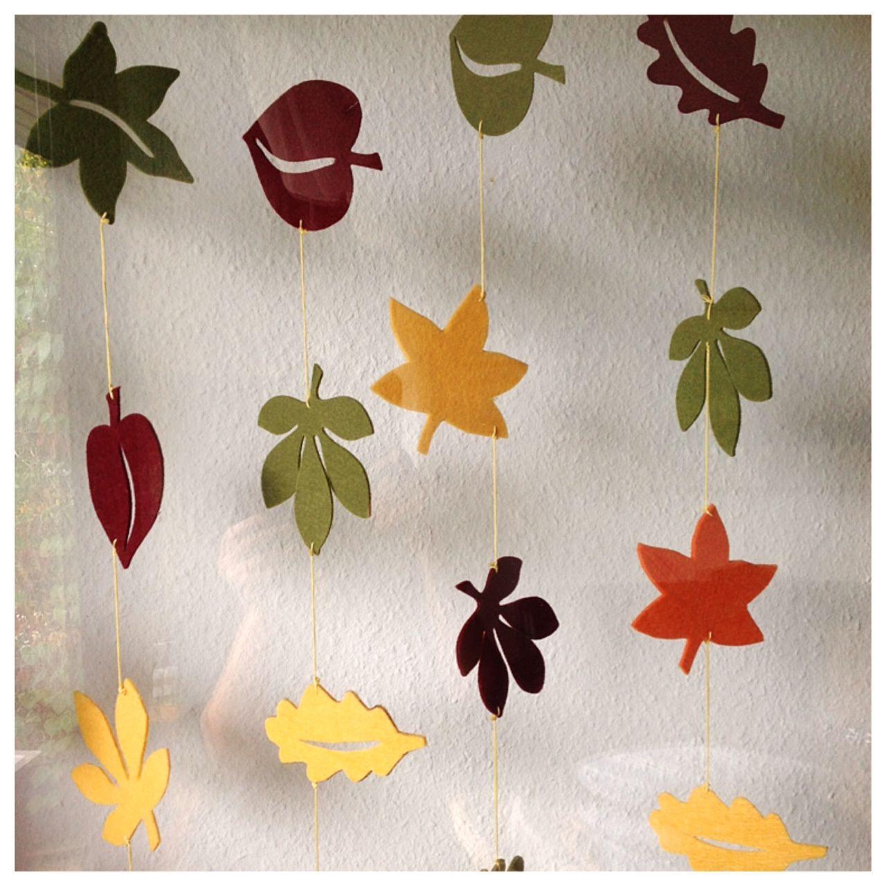 Es lässt sich nicht mehr leugnen: Der Herbst ist da! Mit allem, was dazu gehört: Wind, Regen, Blättergestöber und … …ich mag es. Ich mag es, wenn der Wind ums Haus heult, der Rege…