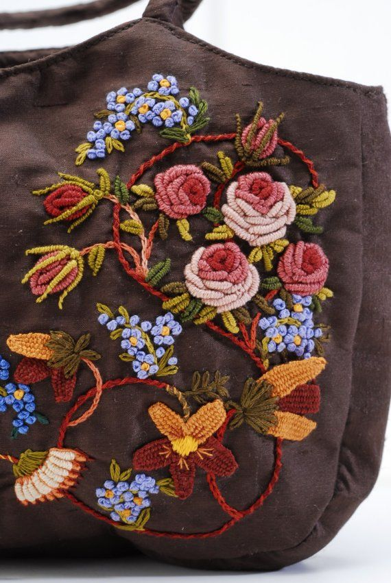 35521ac2b361 Monique's Bag | stitchy. | Crewel embroidery, Embroidery stitches ...