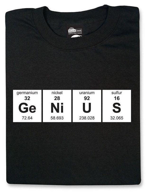 Esta para nada pretenciosa camiseta de la tabla periódica.  cb98d7326b9
