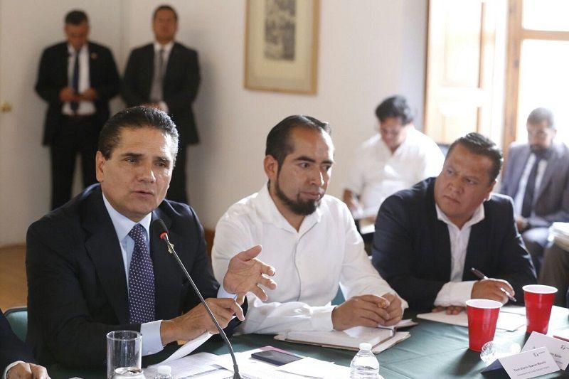 El gobernador de Michoacán escuchó sus inquietudes y revisó los avances de los compromisos establecidos en las diferentes comunidades indígenas del estado – Morelia, Michoacán, a 8 de marzo de ...