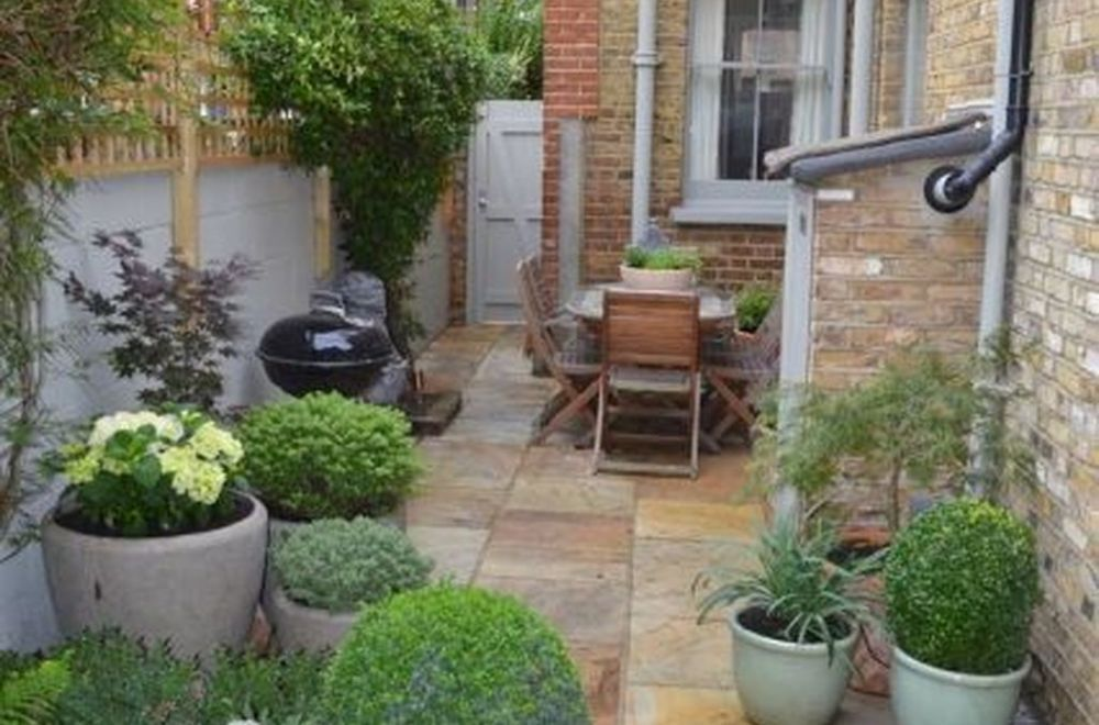 49 Comfy Small Courtyard Ideas On A Budget | Backyard ... on Courtyard Ideas On A Budget id=88766