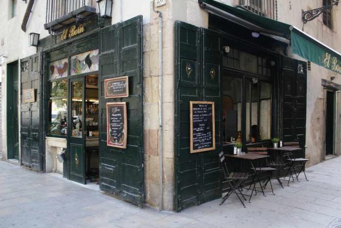 El Born Bar and other bars in El Born, Barcelona