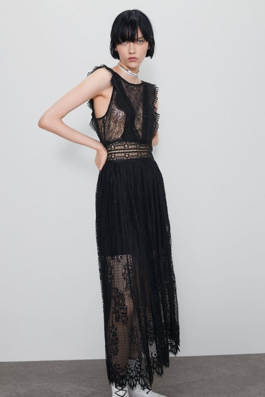 Robe en matières variées avec dentelle | Lace dress, Womens