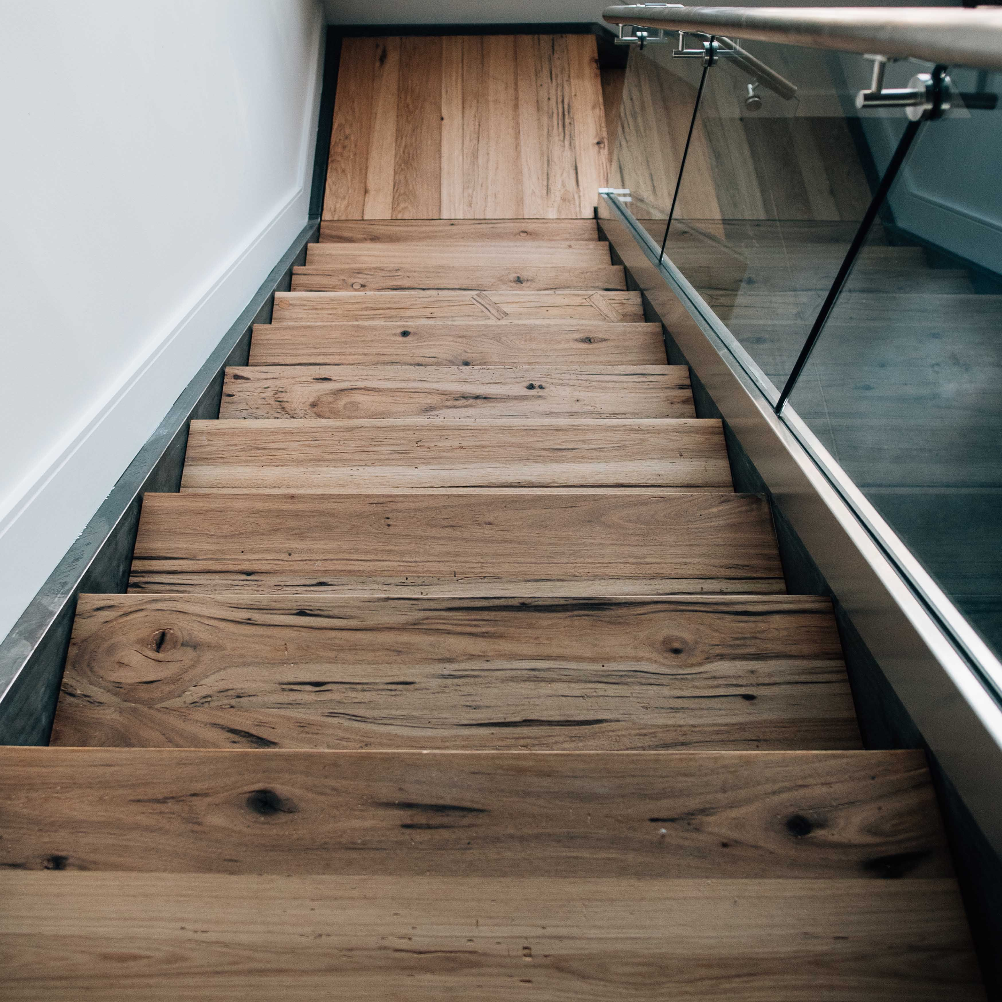 Best Reclaimed Hickory Staircase Wood Stairs Wood Banister 640 x 480