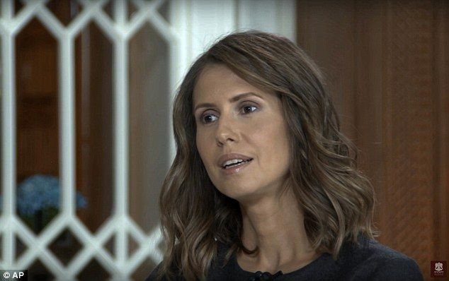 Syria S First Lady Claims She Has Had Multiple Offers To Flee Long Hair Styles Hair Styles First Lady