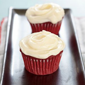 these are the BEST red velvet cupcakes and cream cheese icing ever!