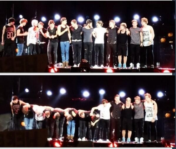 the last show One Direction + 5 Seconds Of Summer :(