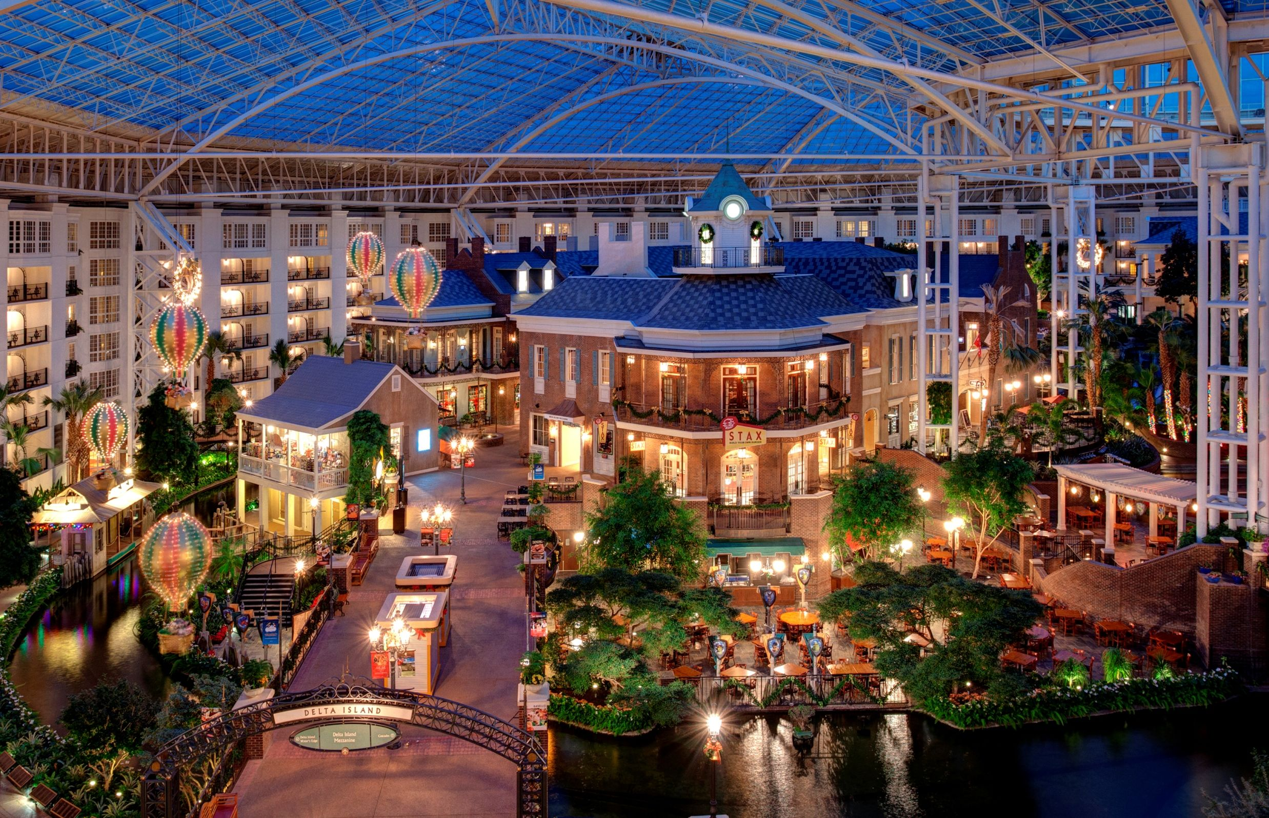 Opryland Hotel - Nashville Tennessee Southern Charm