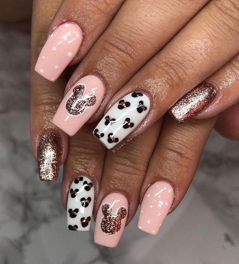 Updated 30 Awesome Mickey Mouse Nail Designs March 2020 In 2020 With Images Mickey Mouse Nails Disneyland Nails Disney Acrylic Nails