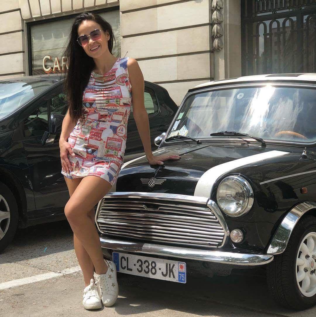 Mini & Mini Classic mini, Mini morris, Car girls