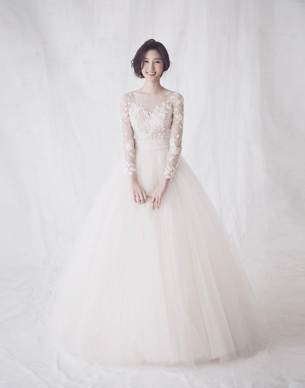 Korean wedding decoration ideas  koreaweddingphotographyclaudestudio  decor studio in