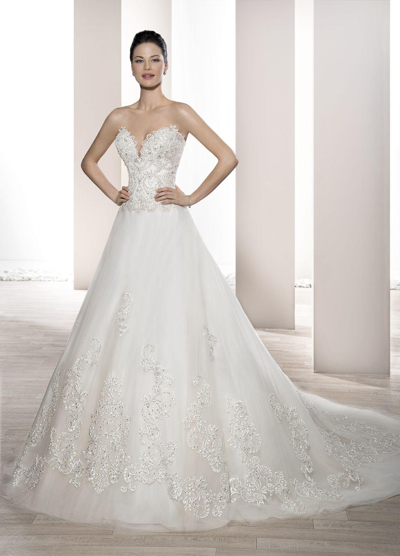Vestidos de novia corte princesa escote corazon