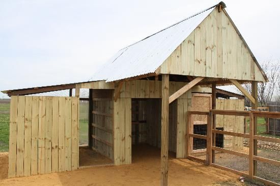 Small barn for smaller animals. | For my farm | Pinterest | Small ...