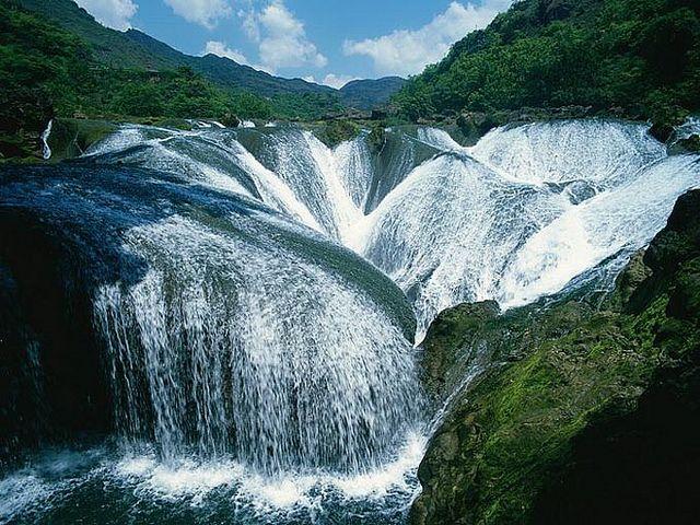 The Pearl Waterfall, Jiuzhaigou Valley, China by Photoalbum Digital, via Flickr