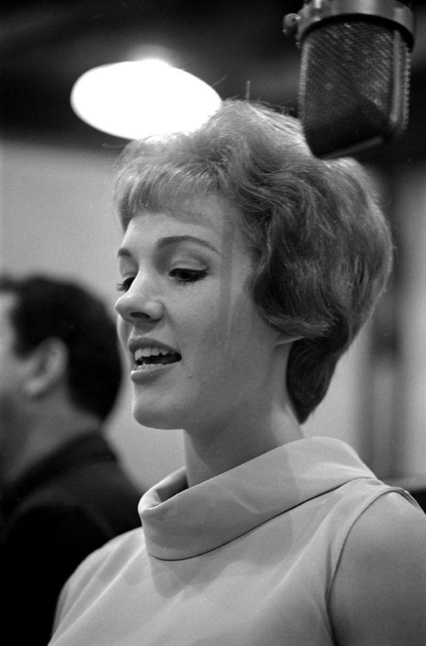 Julie Andrews 1960