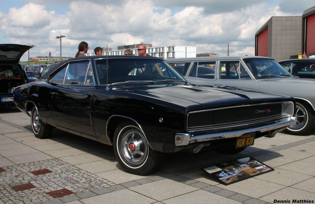 Bullit 1968 Charger R/T Steve McQueen. the ultimate muscle car ...