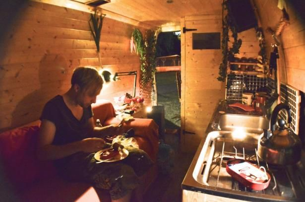 Living and traveling in style in a little van! See how this guy turned an old…