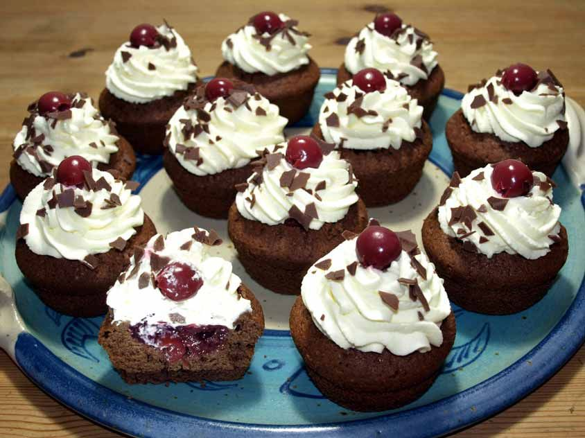Photo of Black Forest Cherry Muffins: Black Forest Cherry Cake Muffins