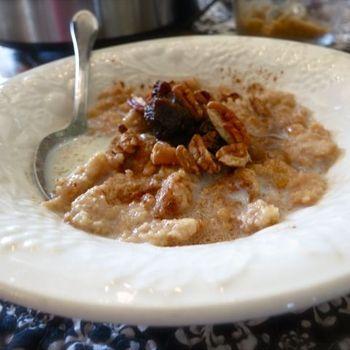 Overnight Crockpot Oatmeal Recipe - Comfy in the Kitchen | Cuisine ...