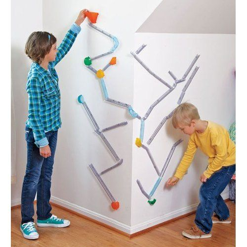 Amazon.com: Wall Coaster Extreme Stunt Marble Run Kit: Toys & Games