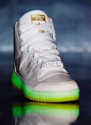 Adidas Star Wars edition. Hvis skoen passer         Star wars    Adidas Star Wars-udgave.   title=         Hvis skoen passer          Star wars