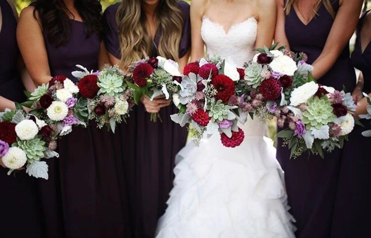 Pin by the humble bee on fabulous florals wedding