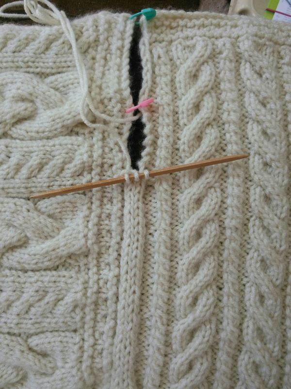 Joining blanket square Cast on three stitches on dpn. Slip last ...