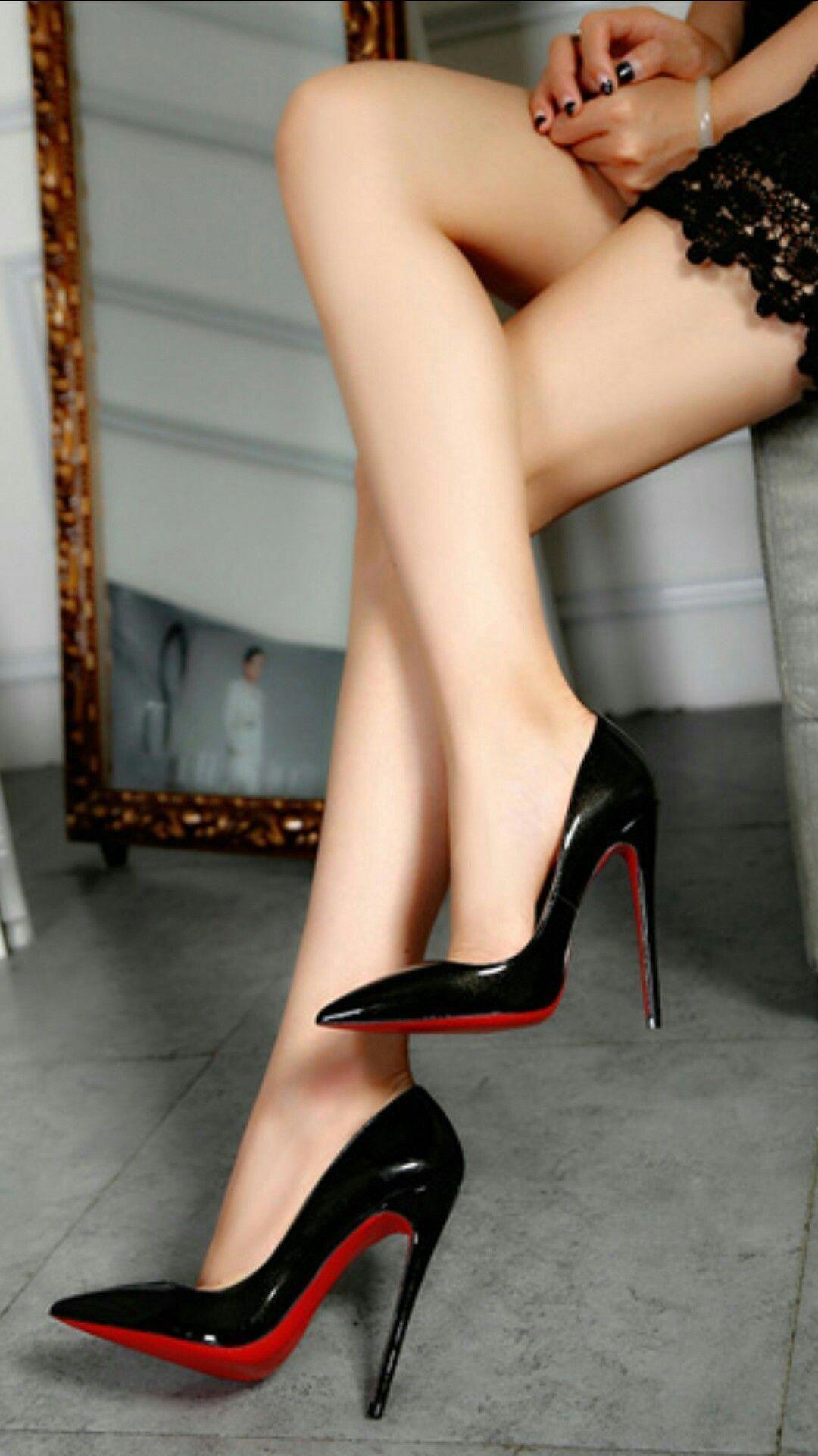d71fff7c3ddb Great Legs and Toe Cleavage  Blackhighheels Black Stiletto Heels