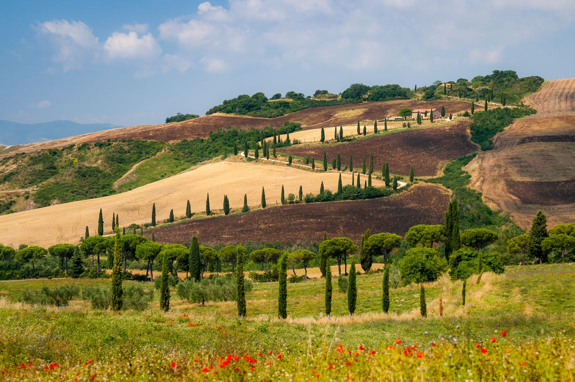There Are Many Awesome Places In Tuscany Wanna Discover It Captured By Vojta Herout Tuscany Landscape Tuscany Photo Tour