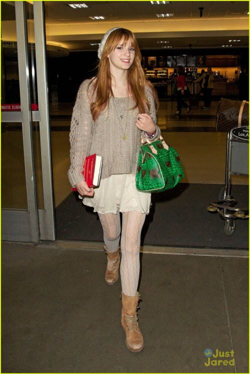bella thorne airport photos   bella thorne airport jan 20 2013 1 Bella Thorne Arriving In Los ...