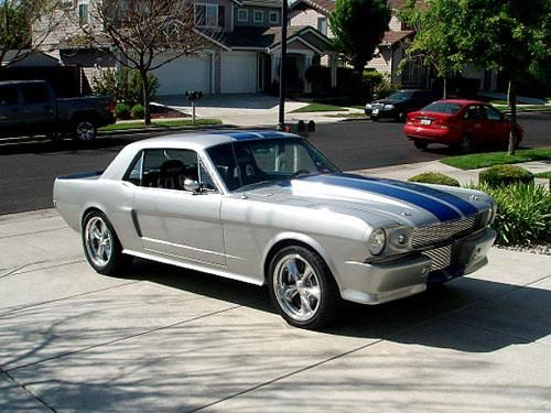65 Mustang For Sale >> 1965 Mustang Coupe Super Custom Restomod For Sale Silver With Blue