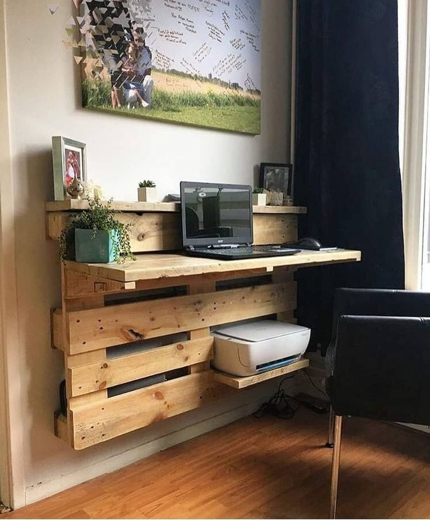 25 Amazing Diy Space Saving Pallet Desk Ideas That You Must Try Pallet Home Decor Pallet Desk Home Decor