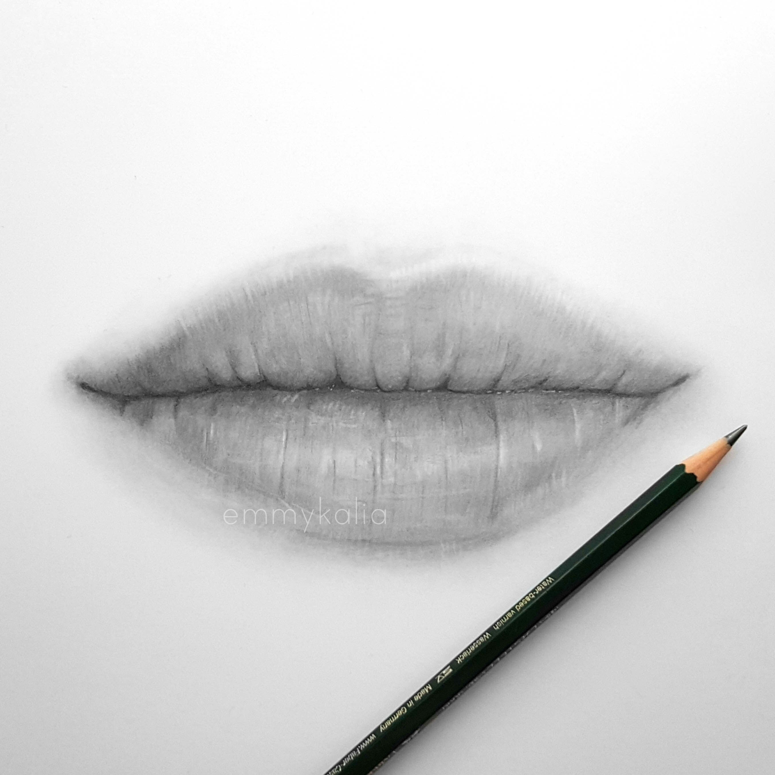 Video drawing lips with graphite pencils lippencilandlipstickcombo