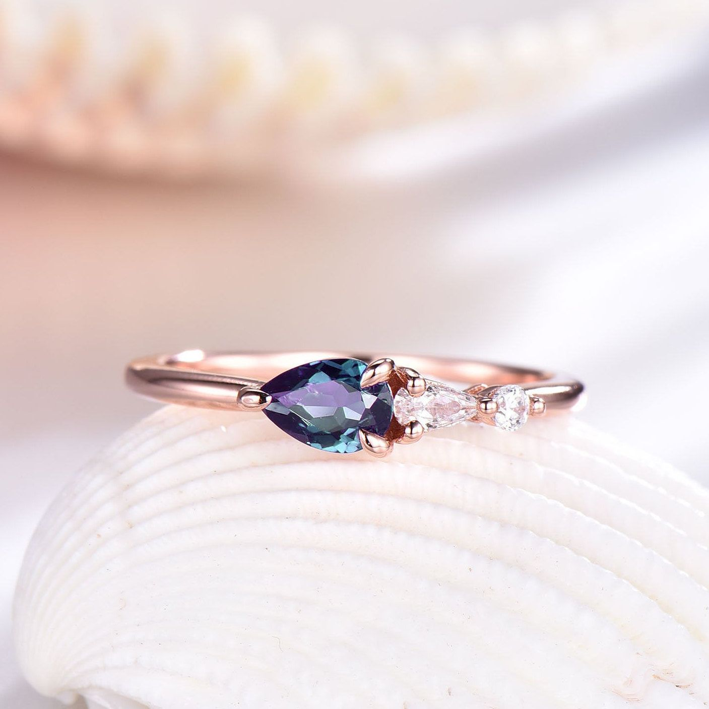 Alexandrite Engagement Ring Rose Gold Jewellery Birthday Gift for Her Vintage Promise Ring 925 Silver Wedding Ring Anniversary Gift