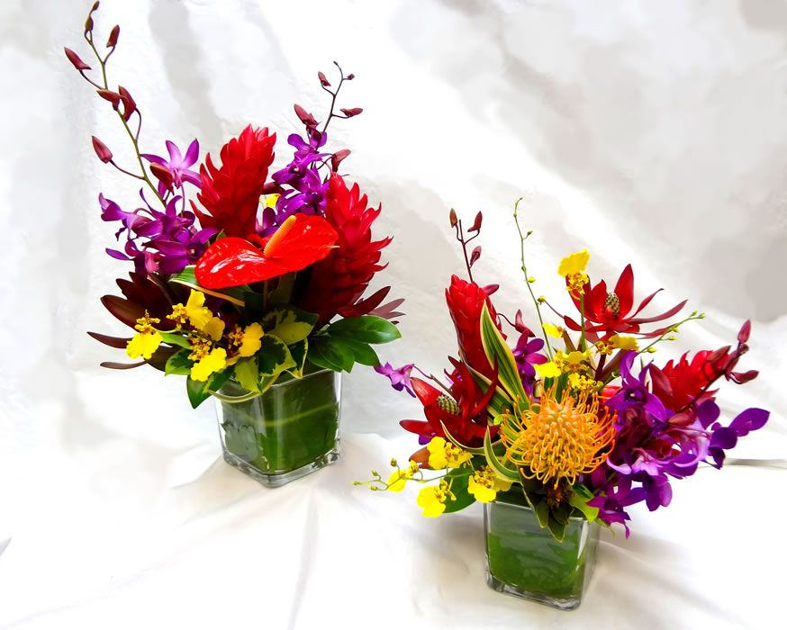 Find This Pin And More On Tropical Arrangements Hawaiian Style Centerpiece Maui Delivery