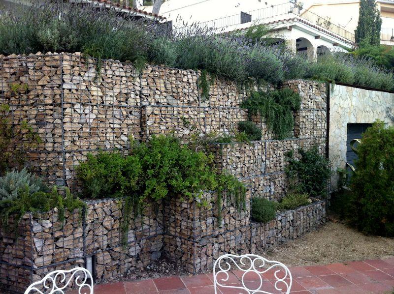 Muro de gaviones con vegetación Gaviones Pinterest Fences