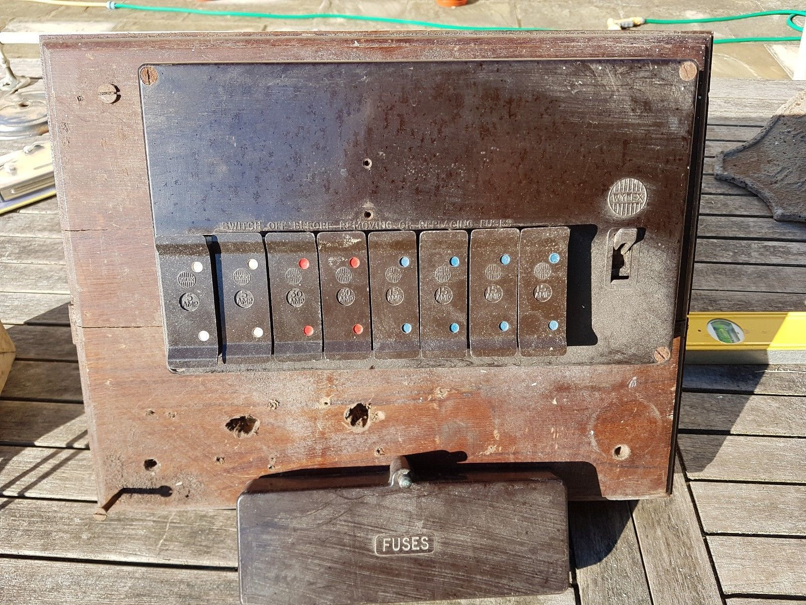 Wylex Bakelite fuse box + old fuse box with ceramic breakers + bakelite  switch. |