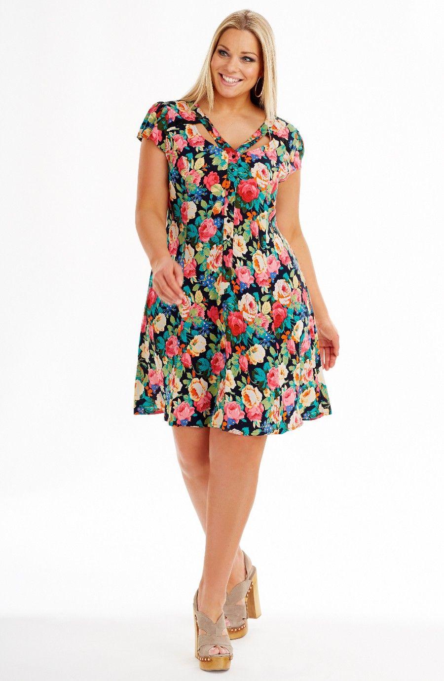 Plus size clothing fashion for women - avenue