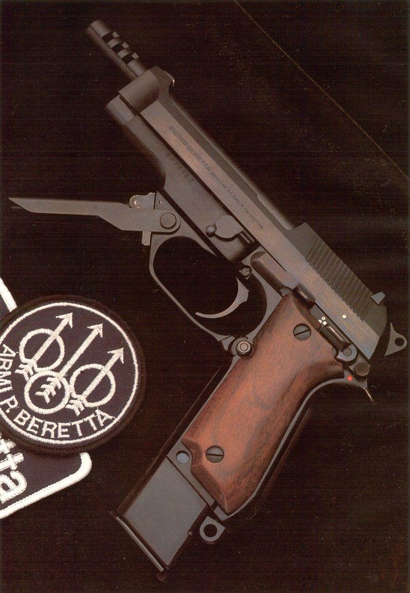 Full auto version of the Beretta 92   Robocops gun was based