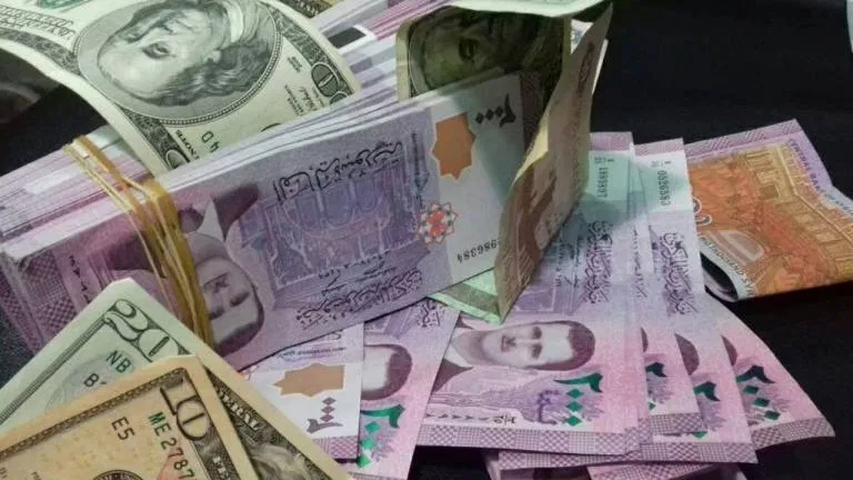 سعر الليرة السورية مقابل الدولار اليوم السبت 23 5 2020 تركيا الحدث In 2020 Personalized Items Us Dollars Dollar